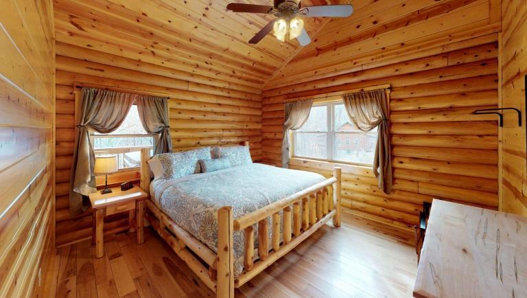 Briarwood Cabin Bedroom