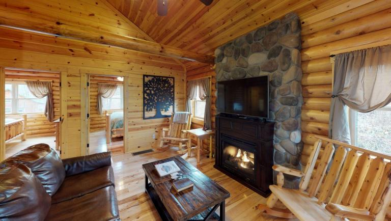 Briarwood Cabin Living Room(1)