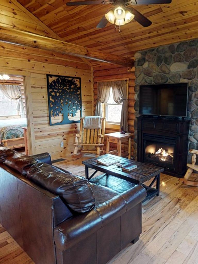Canopy Ridge Cabins Briarwood Cabin Hocking Hills