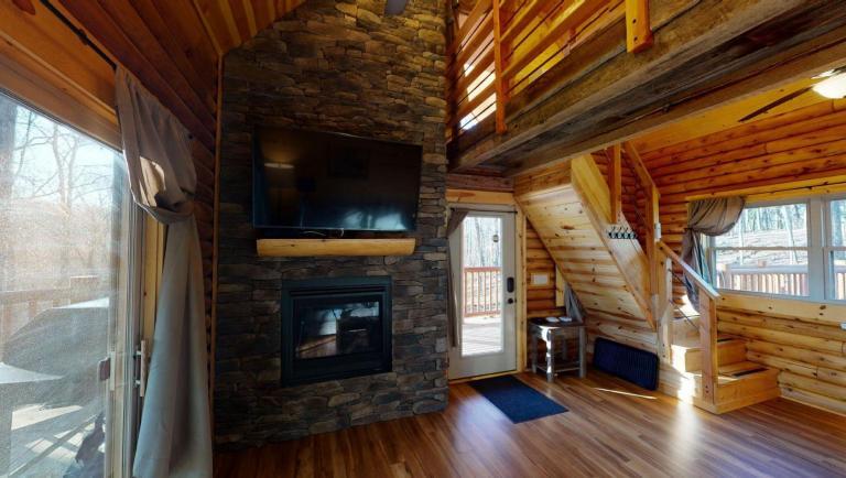 Canopy Ridge Treehouse 04122021 092625