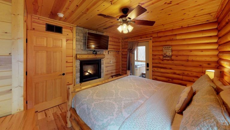 Sweet Retreat Bedroom(1)
